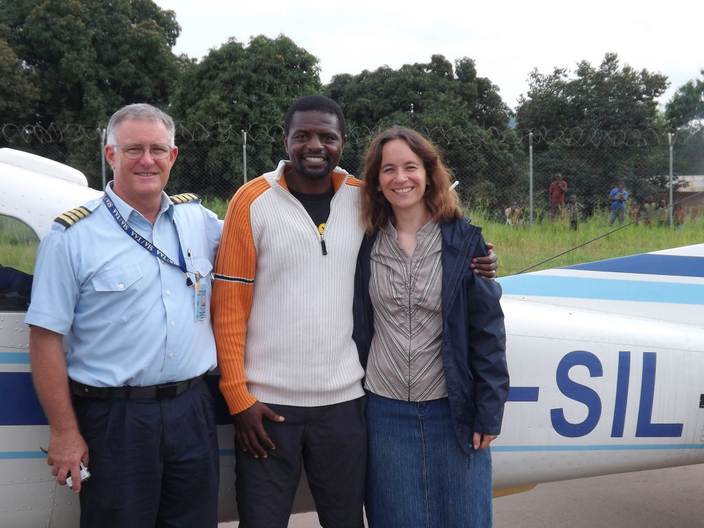 Our Katavi colleagues, Richard and Karin with Steve, the pilot who provided transport for people and equipment for the choir recordings!